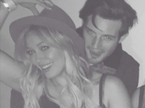 "Why Did Hilary Duff Remove PDA Pic With ""Younger"" Costar Nico Tortorella?!"