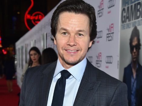 "Mark Wahlberg Says Michael Bay ""Freaked Out"" Over 60-Pound Weight Loss"