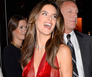 Alessandra Ambrosio Goes Without Underwear at Victoria's Secret Fantasy Bra…