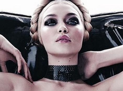 Gigi Hadid Strips Down for Super-Sexy (and NSFW) 2015 Pirelli Calendar