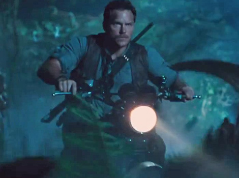 """Jurassic World"" Trailer Is FINALLY Here -- Chris Pratt Takes On Dinosaurs!"