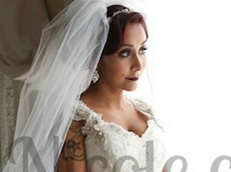 "Nicole ""Snooki"" Polizzi Marries Jionni LaValle -- See Stunning Wedding Dress!"