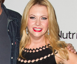 '90s Flashback! WB Alums Melissa Joan Hart & Barry Watson Hit Red Carpet…