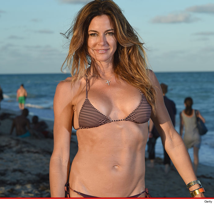 39 real housewife 39 kelly bensimon in a bikini is too hot to handle. Black Bedroom Furniture Sets. Home Design Ideas