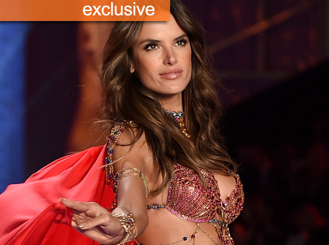 Alessandra Ambrosio Comes Clean About Post-Victoria's Secret Fashion Show Pizza Party