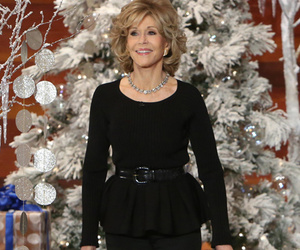 "Portia de Rossi Shows Off Her ""Jane Fonda Workout"" Moves ... For Jane Fonda"