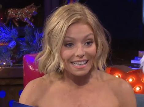 "Kelly Ripa Reveals How She Keeps It ""Spicy"" With Husband Mark Consuelos"