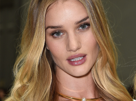 Rosie Huntington-Whiteley Debuts Much Shorter New 'Do
