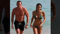 Bethenny Frankel -- Breaks Out the Bikini Body and the New Boyfriend (PHOTO)