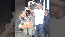 Jay Z and Beyonce -- We Can Be Tourists ... Just Like You!
