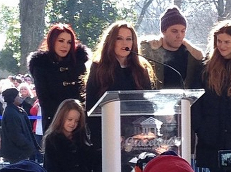 Priscilla, Lisa Marie Presley & Family Celebrate Elvis Presley's 80th Birthday in…