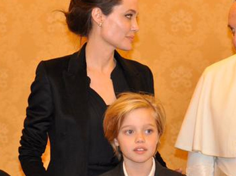 Angelina Jolie Meets the Pope with Zahara and Shiloh -- See Photo!