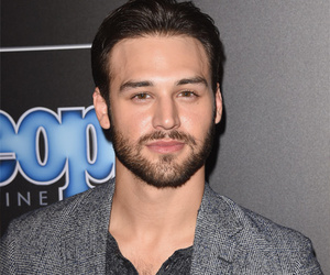 "'Boy Next Door' Star Ryan Guzman On Sex Scene With Jennifer Lopez: ""I Was…"