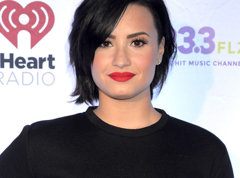Demi Lovato Shows Off Natural Beauty in New Makeup-Free Snap