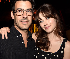 Zooey Deschanel Expecting First Child With Jacob Pechenik!