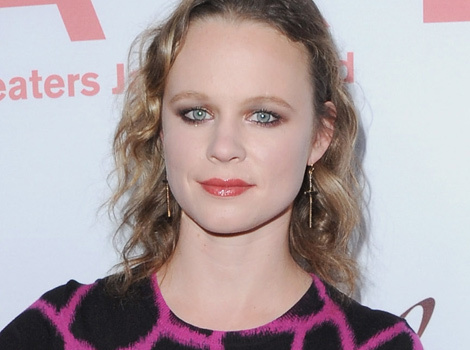 "Thora Birch Makes Rare Red Carpet Appearance At ""Cake"" Premiere"