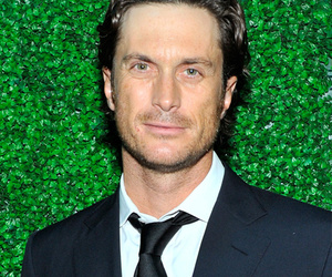 Kate Hudson's Brother Oliver Goes Nude In Instagram Post -- See The Pic!