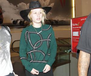 """The Duff"" Stars Mae Whitman, Robbie Amell & Bella Thorne Defend Kylie…"