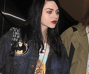 Frances Bean Cobain Keeps Father's Legacy Alive -- See Her Grunge-Inspired Look!