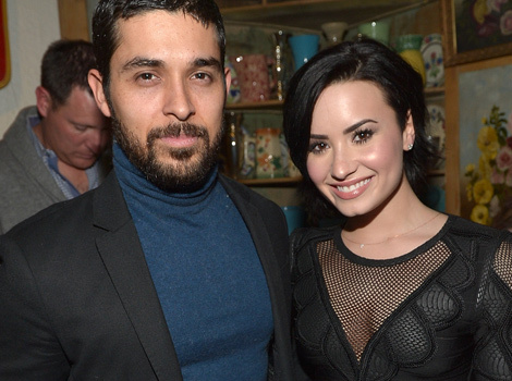 Demi Lovato Shares Rare Pic With Boyfriend Wilmer Valderrama ... In Bed!