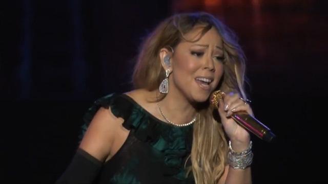Mariah Carey -- PAINFUL Lip Syncing Fail (VIDEO) | TMZ.com