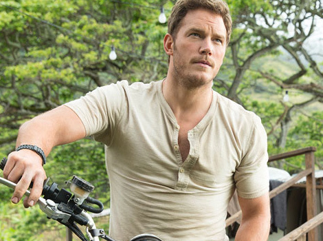 "Super Bowl Movie Trailers: ""Jurassic World,"" ""Terminator Genisys"" & More!"