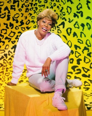 Dionne Warwick Photos