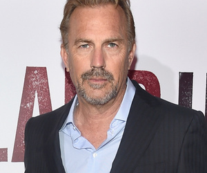 "Kevin Costner Brings His Family to ""McFarland, USA"" Premiere -- See His Cute…"