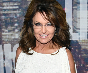 """Dueling Dresses: Sarah Palin Rocks One of Bristol Palin's Outfits for """"SNL""""…"""