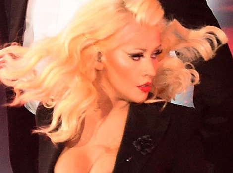 Christina Aguilera Reveals Hot Post-Baby Bod During NBA All-Star Game Performance