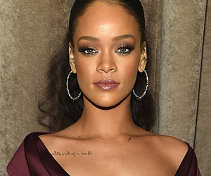 Rihanna & Katie Holmes Stun At Zac Posen's NY Fashion Week Show