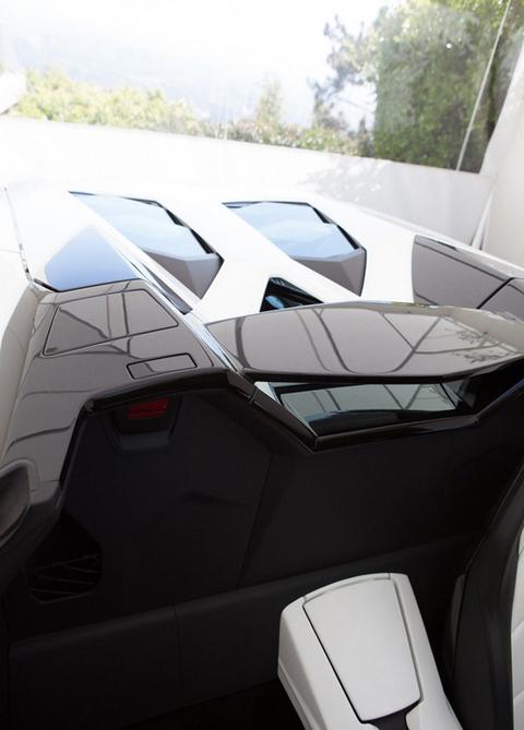 Pauly D Buys Dan Bilzerian S Lamborghini Photo 9