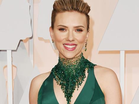 Scarlett, Rosamund & Zoe -- Celeb Moms Flaunt Killer Post-Baby Bods at the Oscars!