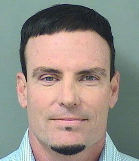Vanilla Ice has been arrested and charged with burglary and grand theft for allegedly stealing furniture, a pool heater, bicycles and other stuff from a vacant home in Florida.