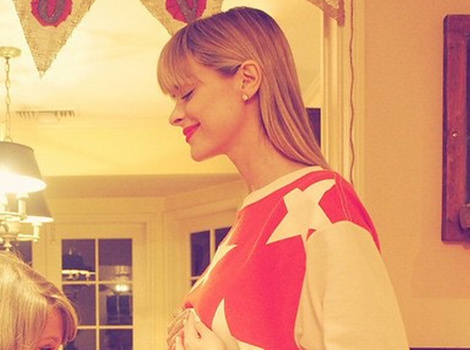 Jaime King Picks Taylor Swift to Be Baby's Godmother -- See Her Bare Baby Bump!