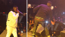 Lil Boosie -- Fan Learns the Hard Way ... Don't Try to Jump on the Stage! (VIDEO)