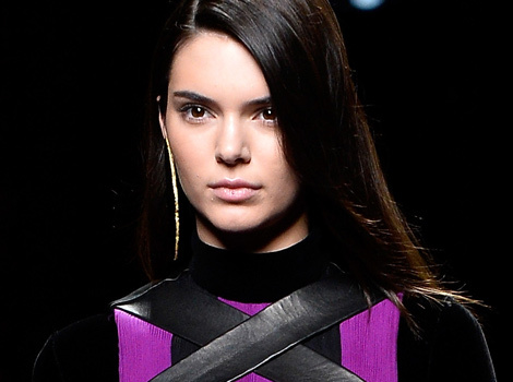 Kendall Jenner Kills It on the Runway For Balmain at Paris Fashion Week