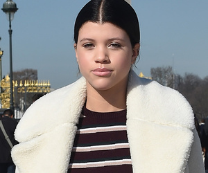 Sofia Richie Says Goodbye to White Locks, Debuts New Dark 'Do!