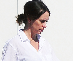 Jennifer Love Hewitt Resurfaces Makeup-Free, Shows Off Growing Baby Bump