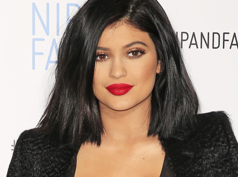 Kylie Jenner Has a Major Makeup Malfunction ... On Her Cleavage!