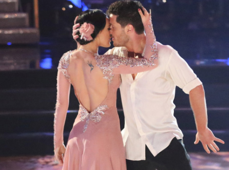 "Demi Moore and Bruce Willis Support Daughter Rumer At Her ""DWTS"" Debut!"
