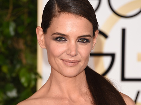 """Katie Holmes Shares Rare Pic With Daughter Suri During """"Girl Time"""""""