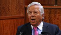 Pats Owner Robert Kraft -- Aaron Hernandez Told Me He's Innocent