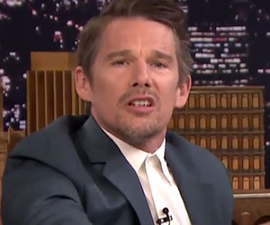 Ethan Hawke & Jimmy Fallon Sing Lullabies While Impersonating Bob Dylan