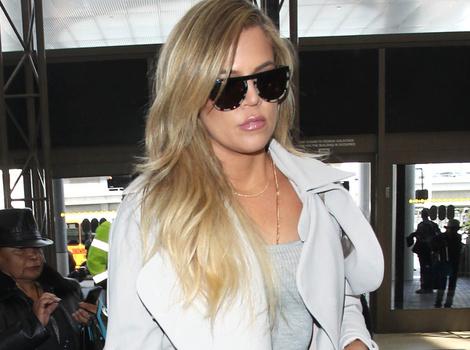 Khloe Kardashian Lightens Up Her Hair Again -- See Her Super Blonde 'Do!