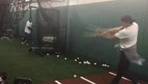 Tom Brady -- Strokes It Lefty ... With MLB Legend
