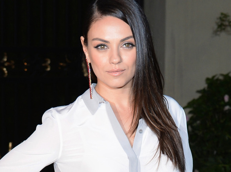 Mila Kunis Shows Off Super Slim Post-Baby Bod, While Jaime King Flaunts Bump at…