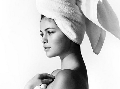"Selena Gomez Goes Nude For Mario Testino's ""Towel Series"""