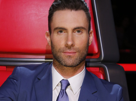 Adam Levine Lets Wife Behati Prinsloo Cut His Hair -- How'd She Do?