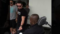 Mark Wahlberg -- Applauds Tom Brady's Obama Snub ... And a Hundo for the Homeless Guy!